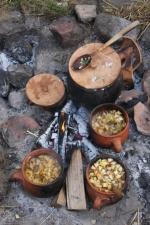 Jernaldermat tar laaaang tid / Slow cooking...