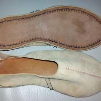Skoene ferdig sydd og klar til vrenging