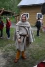 Espen fikk endelig prøvd ut sitt hverdagsantrekk fra overgangen vikingtid/middelalder. Hetten og kappen laget han til en pilegrimutstilling