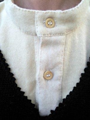 Gamle beinknapper Espen har funnet på Fretex / Old bone buttons from a second hand store
