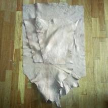 Delene til barnekjortelen / The parts for the children´s shirt