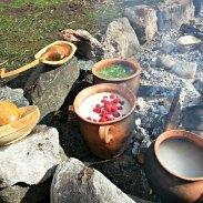 Bygg- og havregrynsgrøt søtet med honning og bringebær - luksusgrøt / Porridge made of barley and oat, sweetened with honney and raspberries - luxury