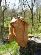 Helgens første kjortel i vårluft / Stoneage kirtle in the spring sun