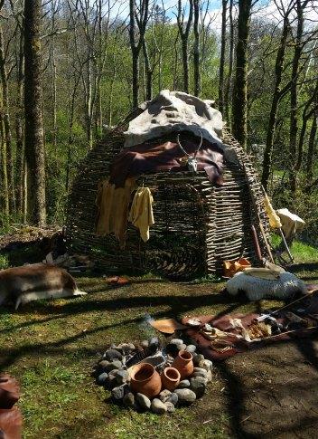 Steialderleirplassen rundt kvisthytten / The Stone Age camp