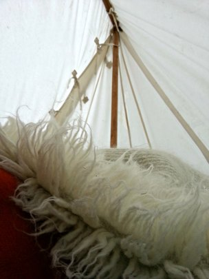 God søndagsmorgen, varmt og godt i teltet, om enn vått utenfor / Nice, warm and dry inside the tent sunday morning, can't say the same about outside the tent...