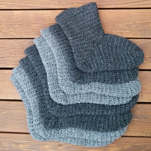 Fire par sokker i færøygarn
