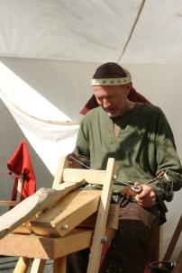 Tor Kåre jobber på skrapegampen / Tor Kåre at the workbench