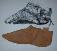 Overlæret, tegning fra arkivet og testversjon / The upper, archive drawing and test shoe