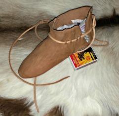 Testversjonens sideåpning/ The side opening on the test shoe