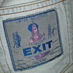 Lekker buksemerke fra apachebuksen / Nice label mark on the pants