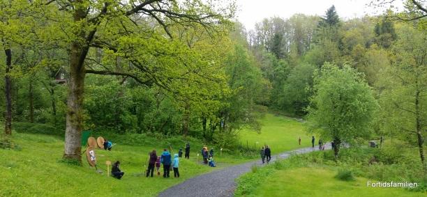 Grønt og frodig på museets uteområde / Green and fertile environment