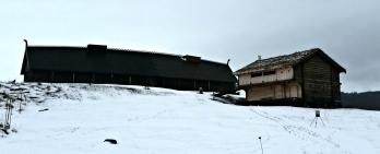 Langhuset og loftet / The long house and the loft