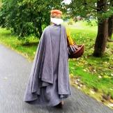 Tung kappe til kveldsbruk / Heavy cloak for the evening