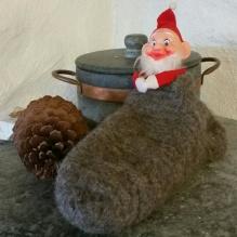 Vintagenissen i fotoshoot med julesokk / one of our vintage santas in a stocking foto shoot