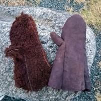 Ett av Espen sine to vottepar denne helgen / One of two pairs of mittens made by Espen this weekend