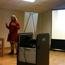 Foredrag om fottøy i vikingtiden / Lecture about Viking winter footwear
