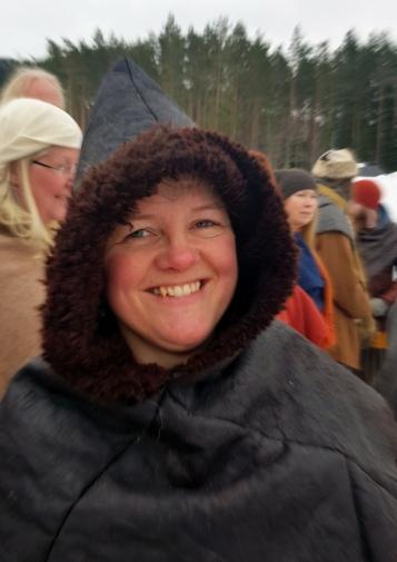 Lena i sin varme saueskinnshette / Lena in her warm sheep skin hood