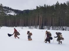 VIkinger på vandring / Vikings going hiking