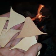 Disse blir flammenes rov / Soon to be eaten by flames