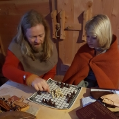 Sigvald handlet seg nytt brettspill, Hnefatafl / Sigvald bought himself a Viking board game, Hnefatafl