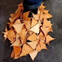 Lurer på hvordan Vidars sko så ut... / Wonder how a sho made from triangles looked