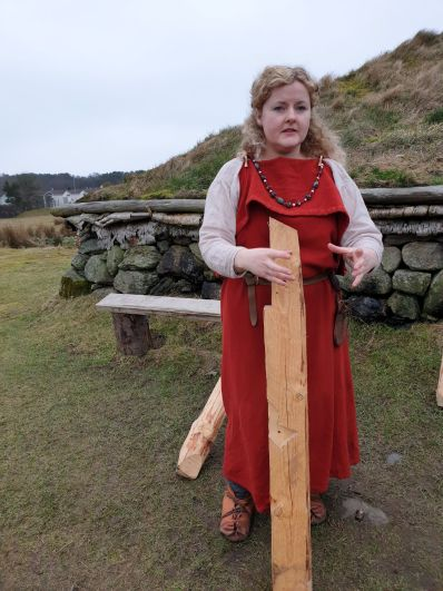 Inger, husfruen på Ullandhaug / Inger, the lady of Ullandhaug
